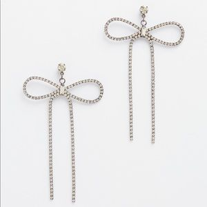🖤 Torrid dangle bow statement earrings